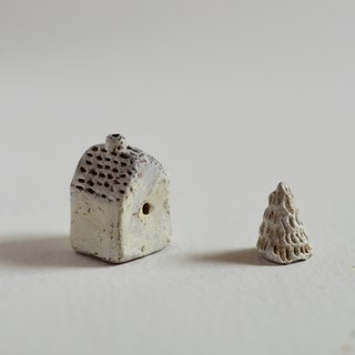 little fairy houses with tree