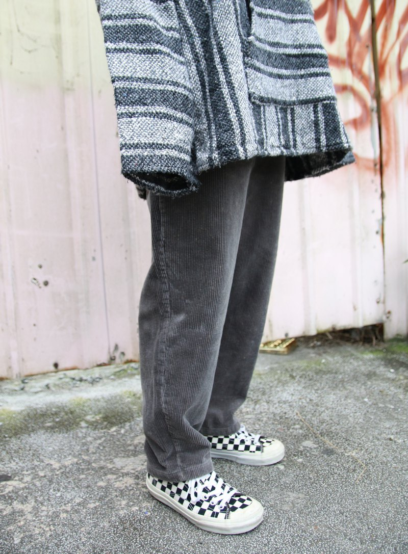 Back to Green:: Corduroy pants iron grey / / vintage / /