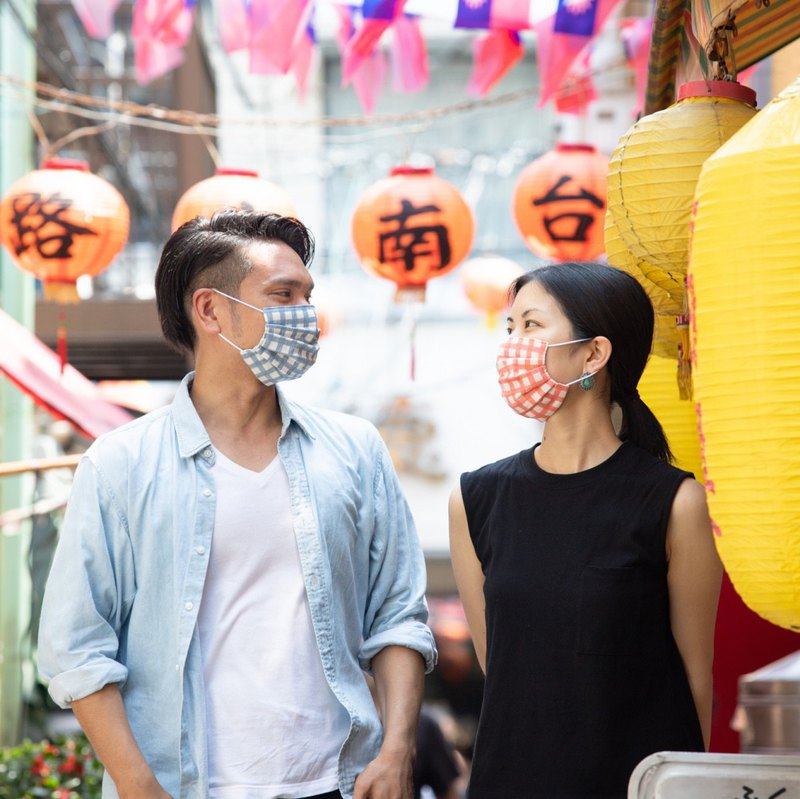 Valentines day gifts! Gingham handmade mask set for Pair!  情人節情侶禮物 七夕情人節 生日禮物