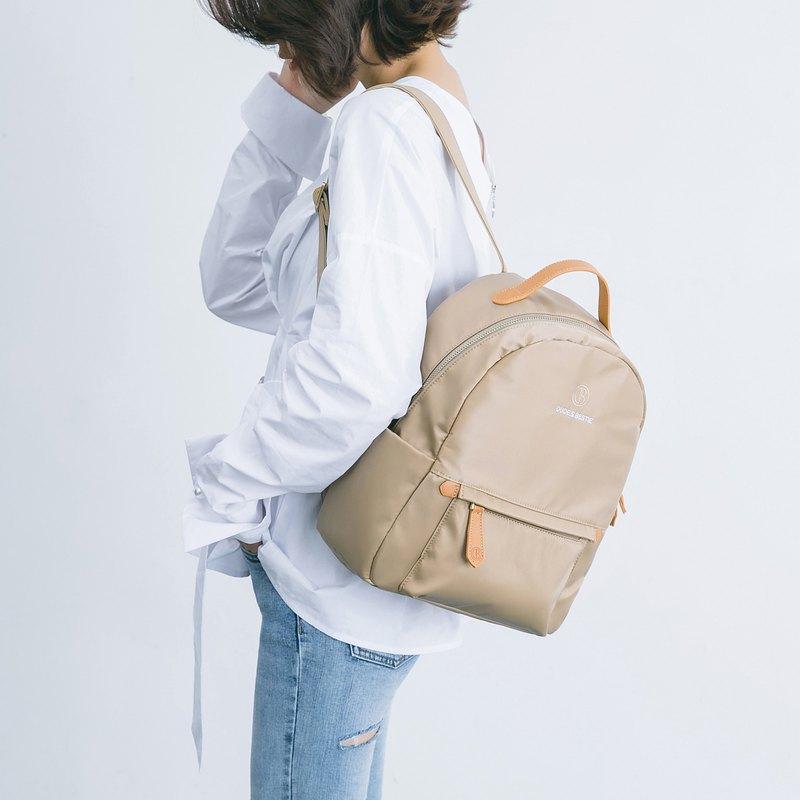 【換季特賣】後背包 女生 多功能包 防潑水 輕巧 絲質 斯文款式