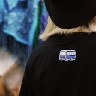 Native plan - embroidered T-shirt blouse (blue bus)