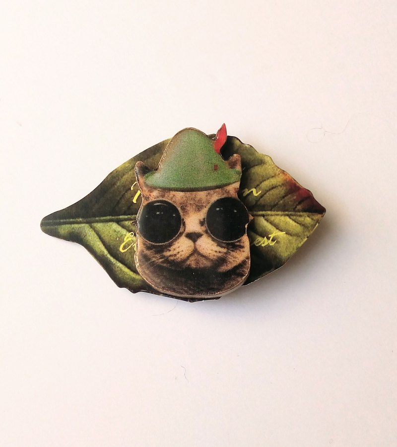 Sunglasses cat brooch