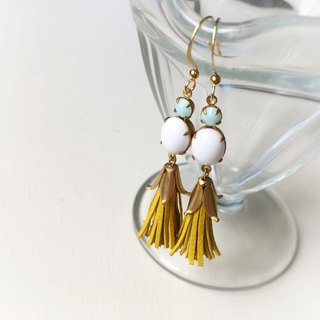 Vintage Czech grass and French goat leather mini tassel earrings