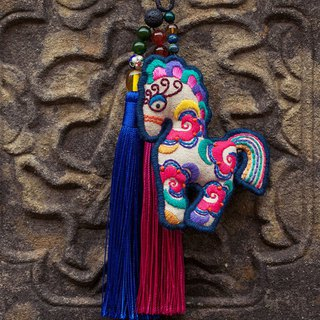 Happy horse original handmade delicate embroidery tassel car hanging agate / cloisonne blue beads / lapis lazuli