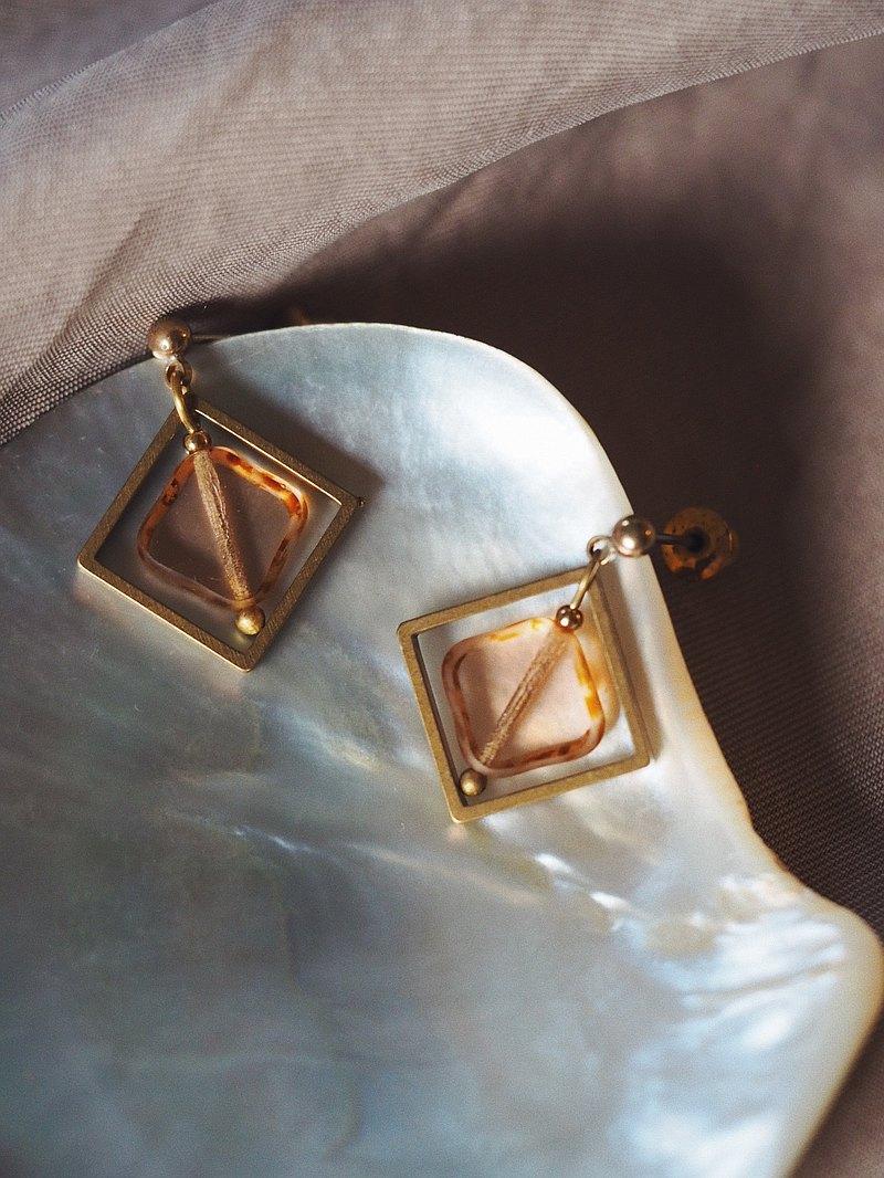 古典方框 小菱形玻璃珠耳環 茶粉