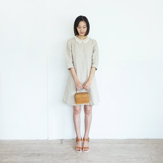 Anne's Lace dress :  Linen Dresses with Lace Collar Natural Color