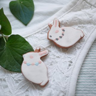 Rabbit brooch like icing cookie / Rabbit brooch like Icing cookies