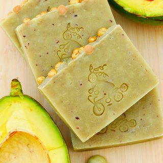 Avocado nourishing soap--cleans pores. Deep nourishment. Fresh puree added--