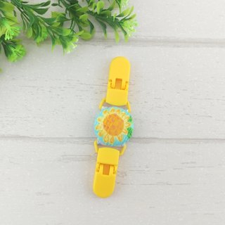 Enthusiastic sunflower. Handkerchief clip