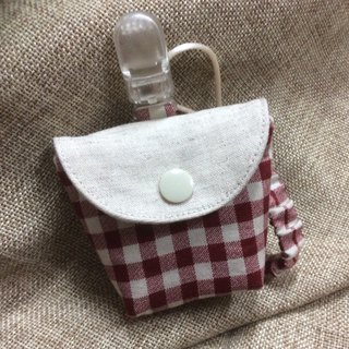 Multifunctional three-in-one peace bag, teat storage bag, pacifier belt, red plaid