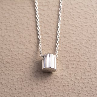 Canelé - Silver Necklace