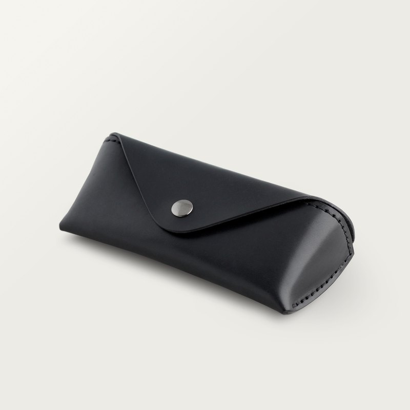 Classic triangle glasses case - stone black