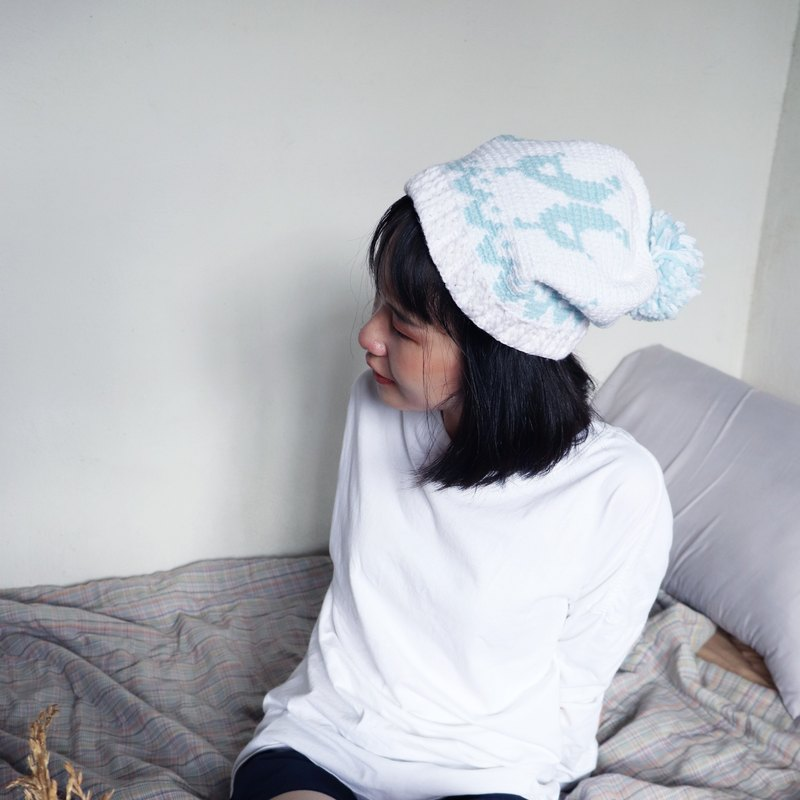RedCheeks Wool Hat Cap | Yarn Hat | Bird Christmas - White Color