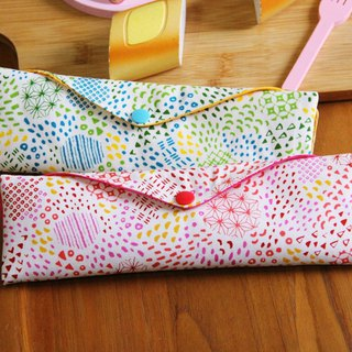 Boyfriend girlfriend green chopsticks bag ~ love the memory of customized storage bag. Green chopsticks bag. Hand-made cutlery bag. Self-style.