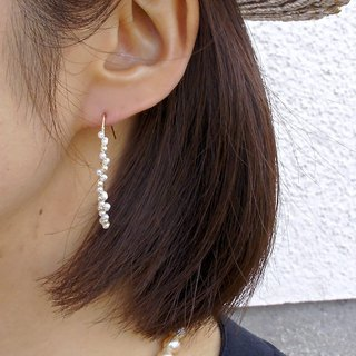 14 kgf freshwater petals and vintage pearl arch piercing 耳針