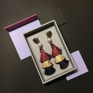 earrings : 3rd tassel red + gold + black