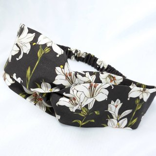 Black lily pattern handmade hair band