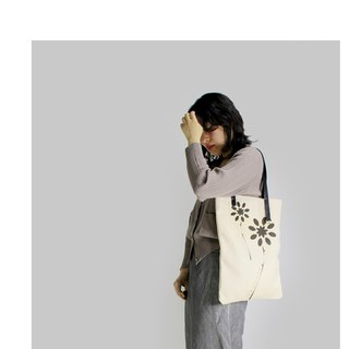 Zemoneni nature canvas bag with leather strap and designer illustration printed