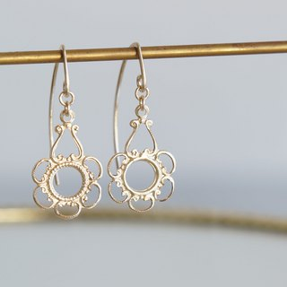 【14 KGF / Tiny】 Leaf Hook Earrings, - Flower -