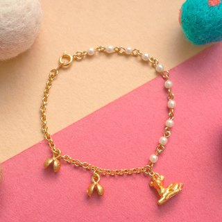 Little deer bracelet