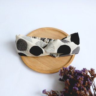 MaryWil Bicolor Suede Hairband - Black and Grey Geometry