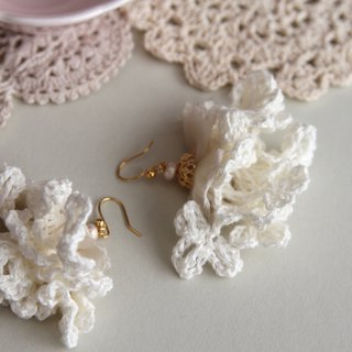 Floral Earrings , Flower Earrings , Artificial Flower Earrings , Jewellery