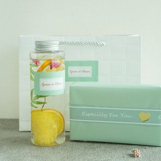 Exclusive for Pinkoi - 01 Fruit Water Detox Water