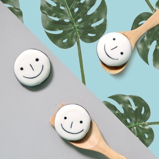 brooch / magnet smilely