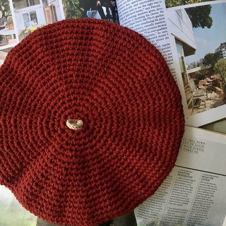 Crochet double sided beret in merino -Chilli red