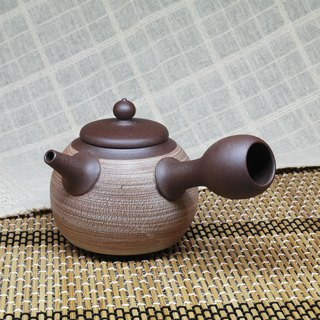 Brush crack round side side teapot hand made pottery tea props