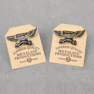 [METALIZE]Flying Anvil Logo Pin Iron Wings LOGO PIN