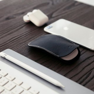 SLG Design D6 IMBL Top Leather Magic Mouse Storage Case & Mouse Pad Set - Black