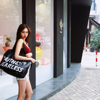 Faith & Fearless_Pop Bag_Black Pearl