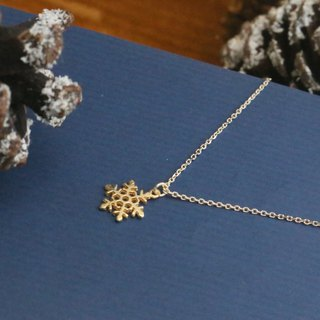 Christmas snowflake sterling silver necklace (1066 heavy snow)