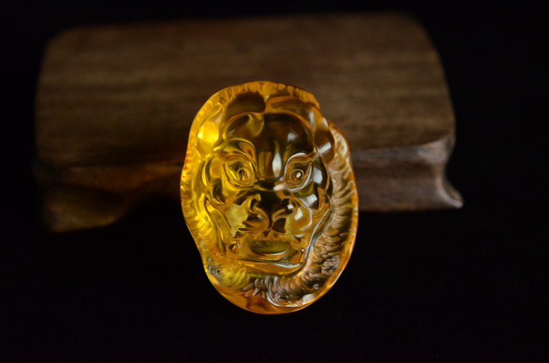 [魄] Jinpo carved lion head 108 beads beads men's necklace