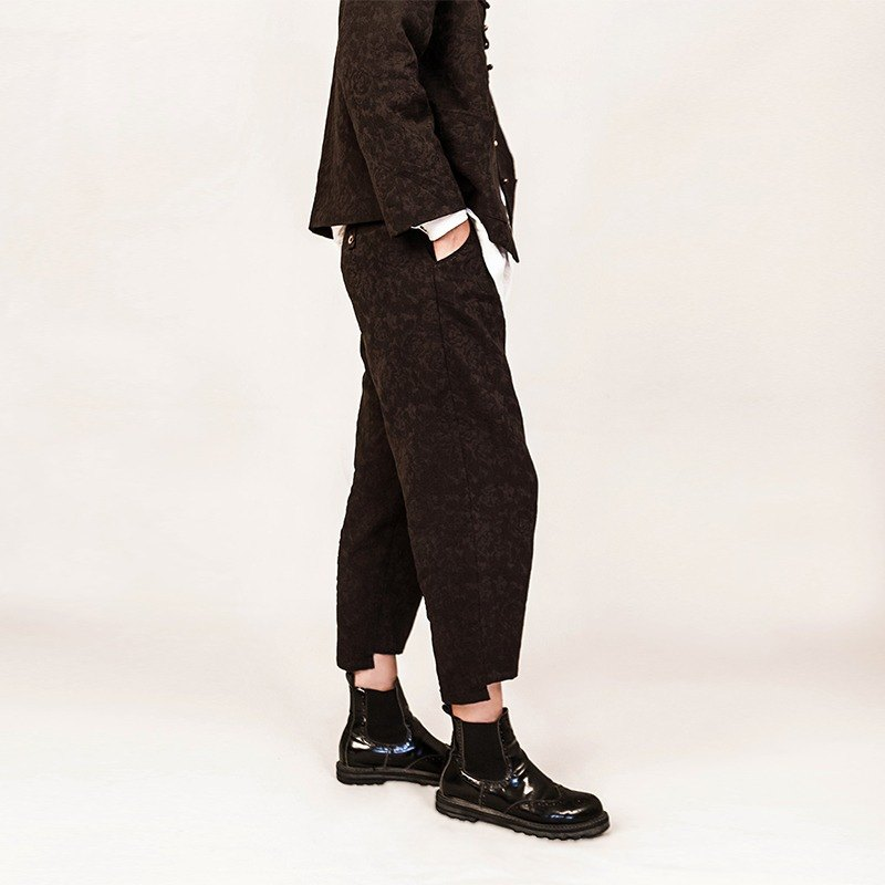 Cotton and jacquard casual asymmetrical pants