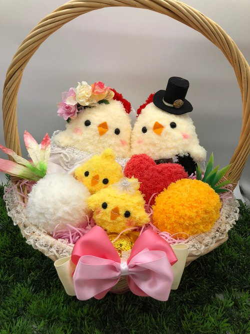 Spot - cute yarn weaving with road chicken doll wedding engagement wedding small wedding supplies