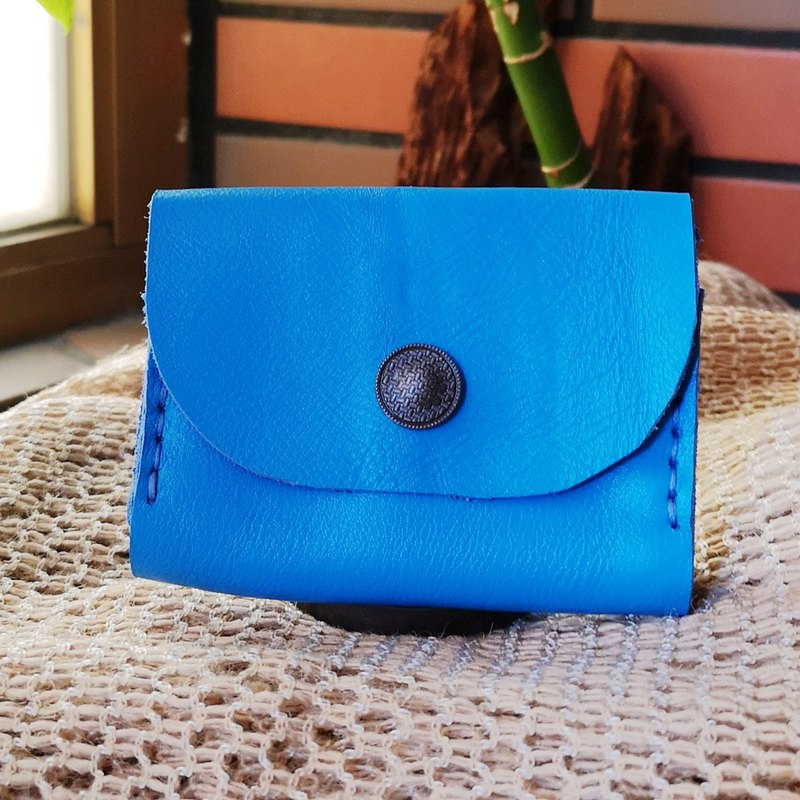 Double-layer card leather coin purse-lake blue flower buckle version