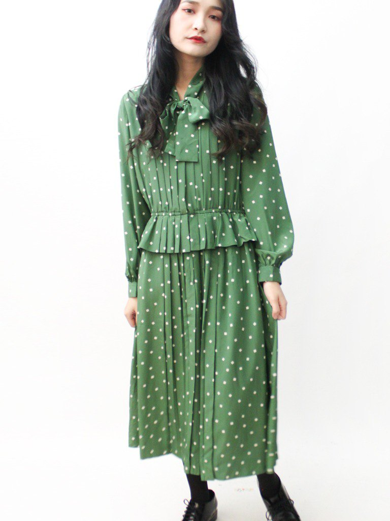 Japanese made square little vintage green long-sleeved vintage dress vintage dress