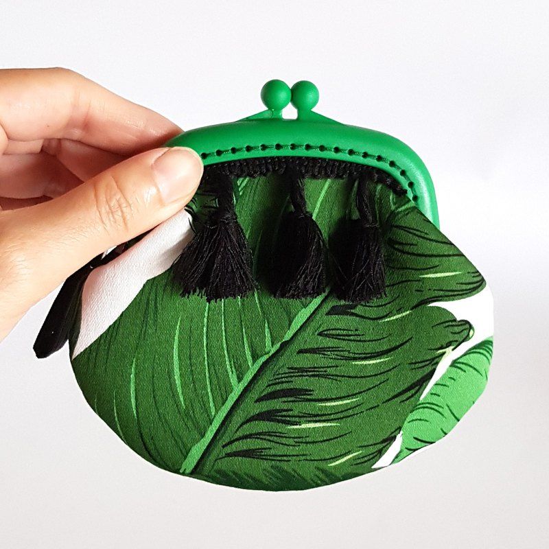 Festive silk fringed plastic wallet/large leaf