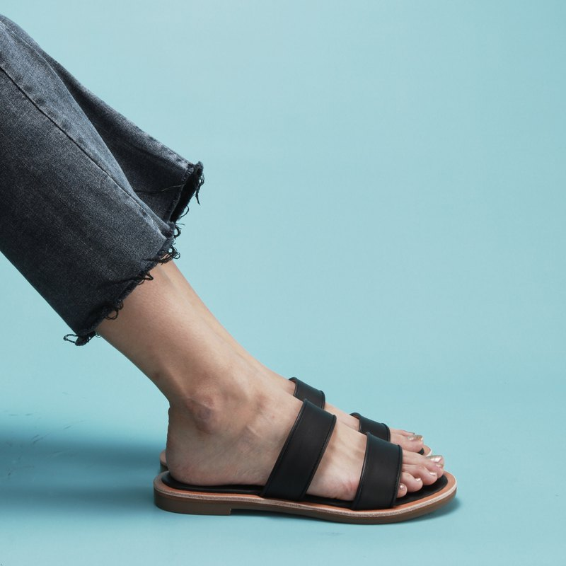 Leather Sandals | black