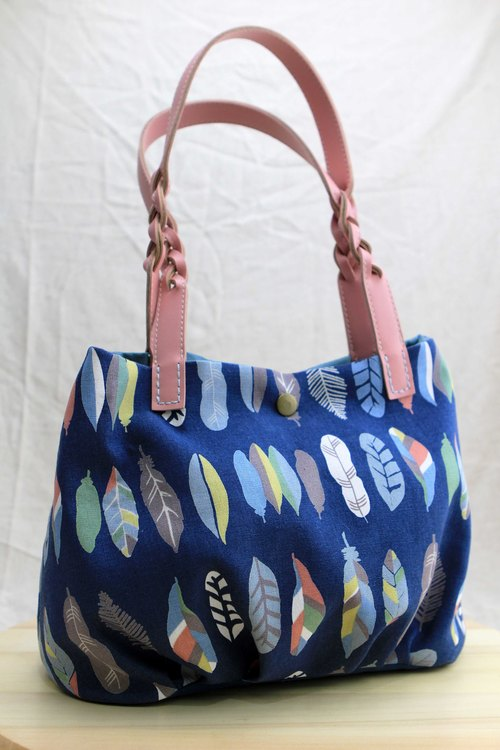 A special mention of a candy bag with blue sky colored forest