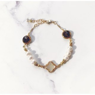 + Mother of pearl Clover ‧ tea crystal pearl bracelet +