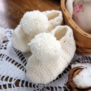 Handmade - Milk White -BABY Small Shoes - Hand Knit Warm - Soft Organic Merino Wool - Miyake Gifts