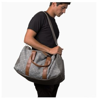 Knitwear Leather Handle Travel Bag Gray Gray The Pike Spot in Taiwan - USA Krochet Kids Brand - Exclusive Agent