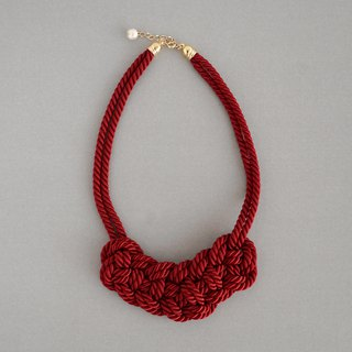 Code knitting motif necklace 【Wine red】