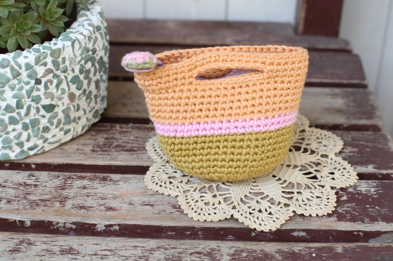 [Good day] hand-made strawberry picnic basket small coin purse / purse / gift