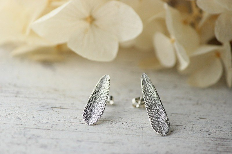 silver prayer and hope of feather earrings