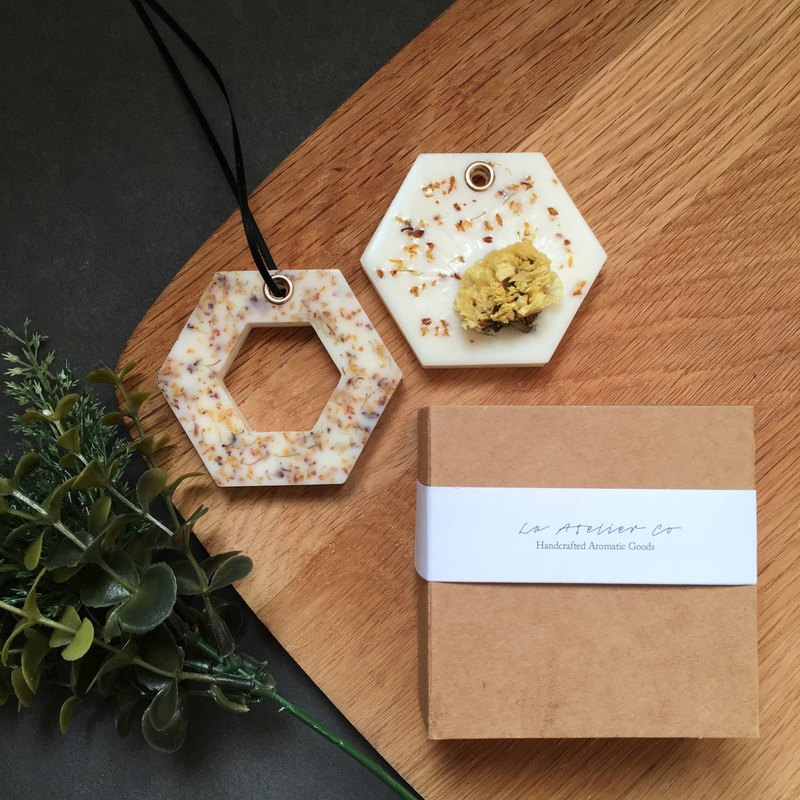 Mini Scented Soy Wax Brick with Dried Flowers Gift Set | Natural Air Freshener