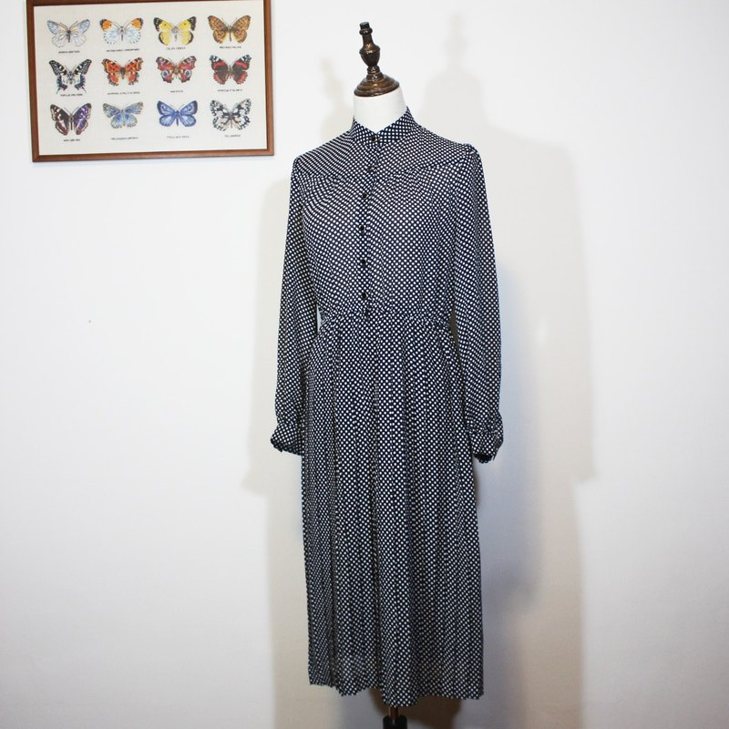(Vintage Japanese vintage dress) black little long-sleeved dress F3507
